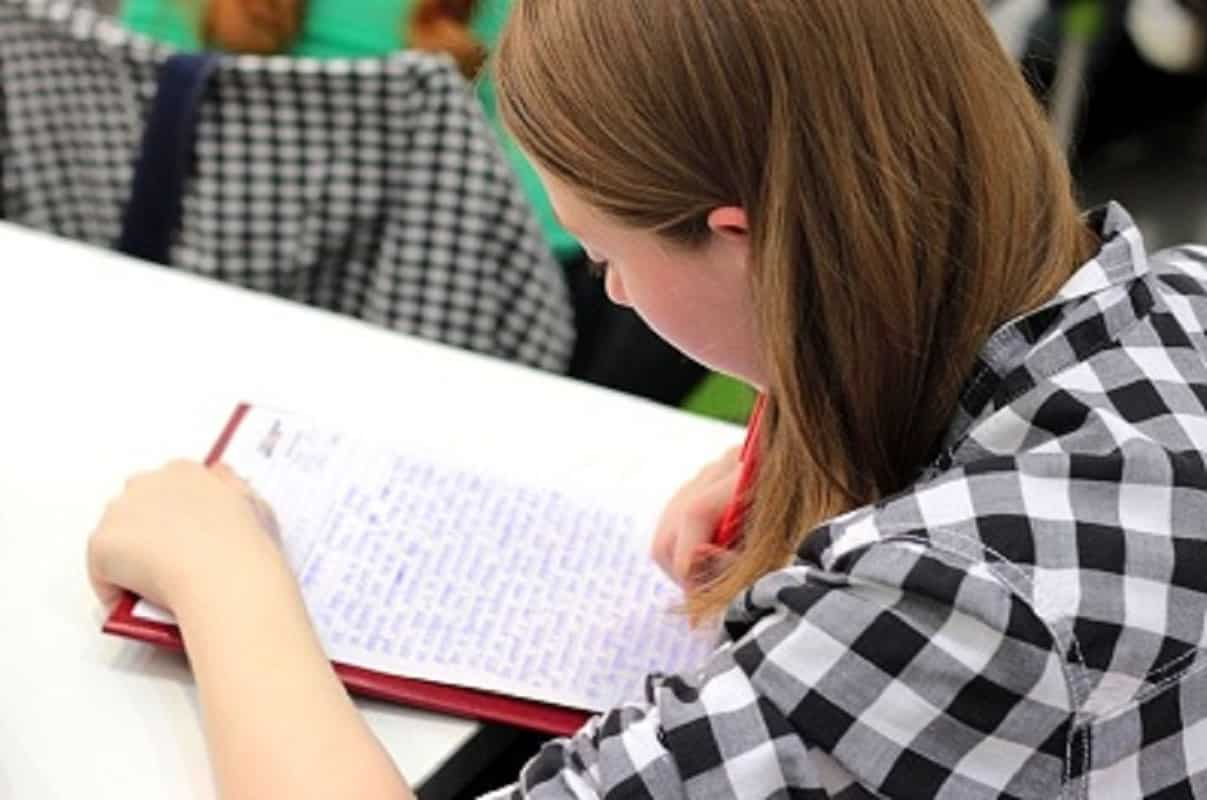 COMMON IELTS ESSAY WRITING MISTAKES YOU SHOULD AVOID