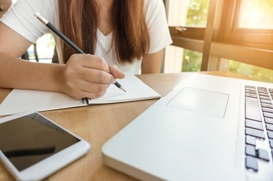 COMMON IELTS ESSAY WRITING MISTAKES YOU SHOULD AVOID 2